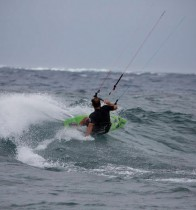 Jeff-Kafka-Maui-Waves-Kiting