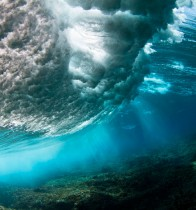 Underwater-Fiji-Cloud-Break-Wave