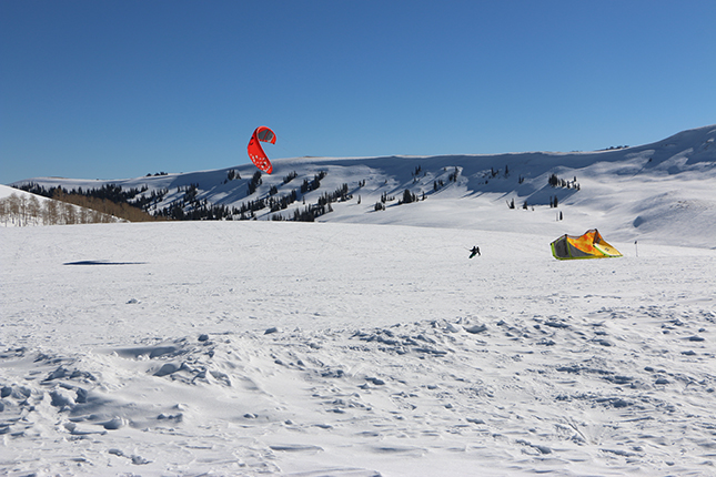 Snow-kiting in Utah